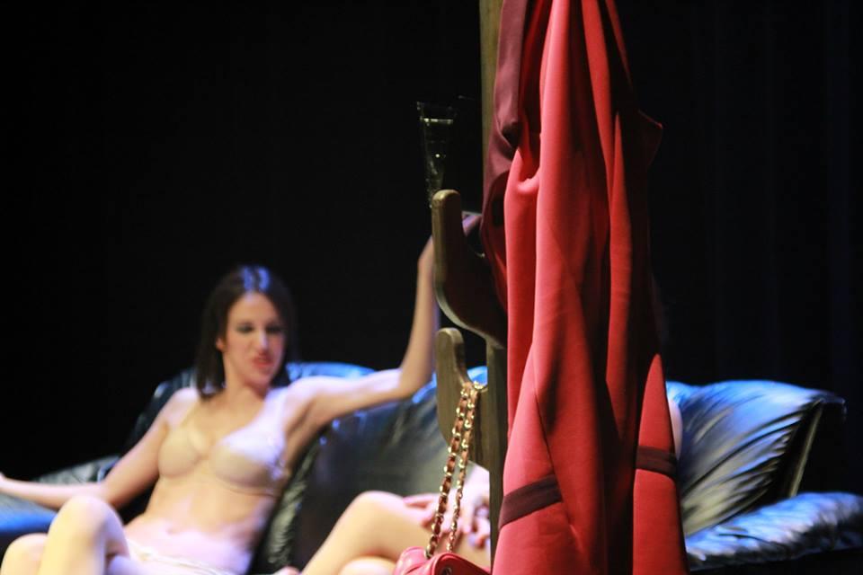 Desnudar el cuerpo antes de desnudar el alma
